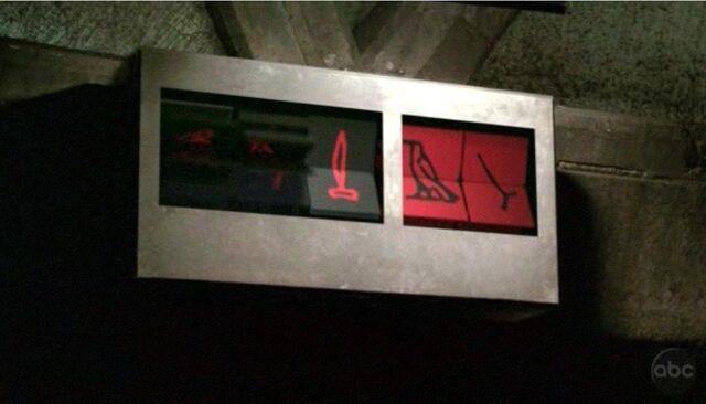 Archivo:Flipping Hieroglyphs.JPG
