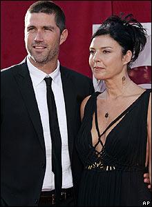 File:03 Matthew Fox wife Margherita Ronchi.jpg