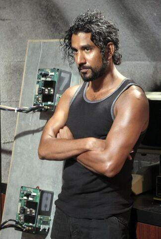 ملف:Sayid in Pearl.jpg