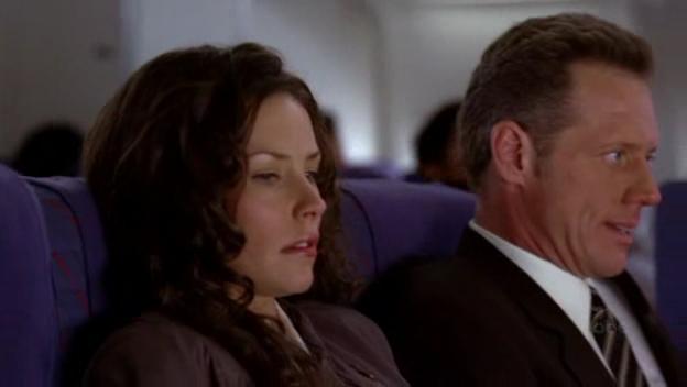 Archivo:1x02-KateAndMarshal.jpg