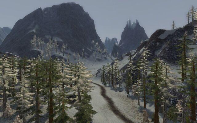 File:Misty Mountains.jpg