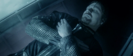 Boromir's dead body - Close up