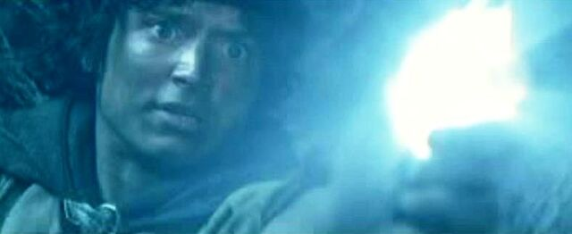 File:Frodo used the Light of Earendil.JPG