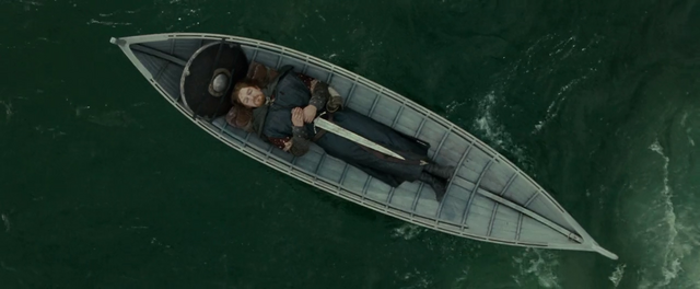 File:Boromir's body on boat - FOTR.png