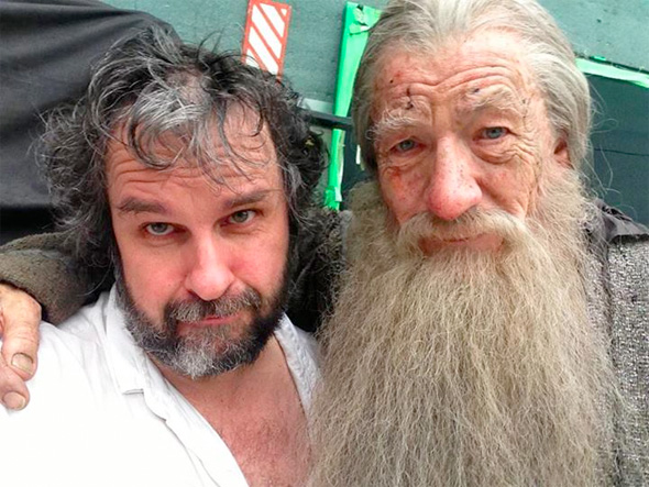 File:Hobbit-jackson-mckellen-lastshot-full.jpg