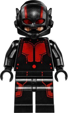 File:Ant-Man Lego final battle 2.jpg