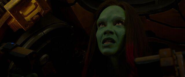 File:Gamora-escapes-Nebula-ship.jpg