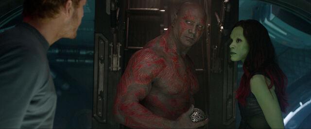 File:Guardians-of-the-galaxy-movie-imagedraxgamora.jpg