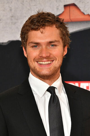 File:Finn Jones.jpg
