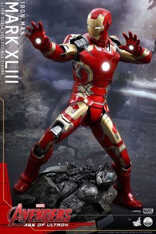 File:Mark XLIII Hot Toys 2.jpg