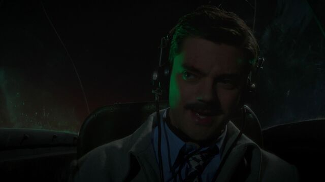 File:Howard-Stark-Plane.jpg