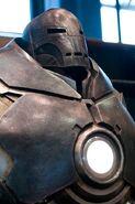 Iron-Monger-Helmet-and-Torso-10