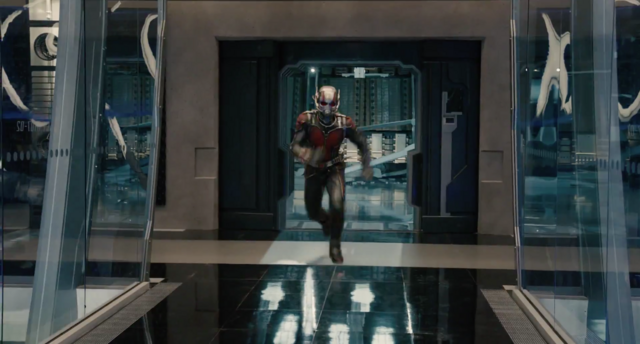 File:Ant-Man grow.png