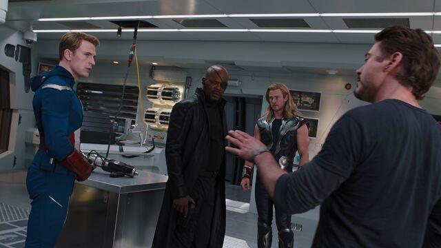 File:Fury Avengers.jpg