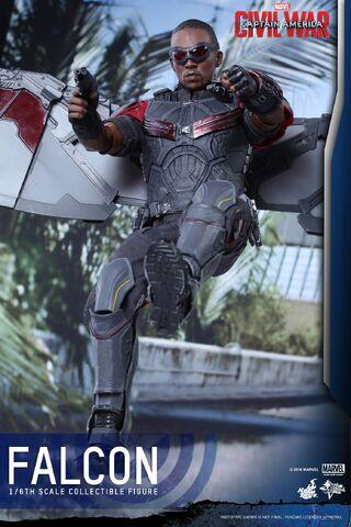 File:Falcon Civil War Hot Toys 6.jpg