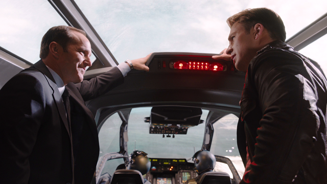 File:CoulsonCapQuinjet-Avengers.png