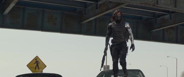 File:Winter-Soldier-chases-Natasha.jpg