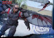 Falcon Civil War Hot Toys 9