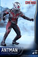 Ant-Man Civil War Hot Toys 10