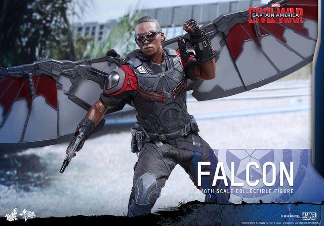 File:Falcon Civil War Hot Toys 13.jpg