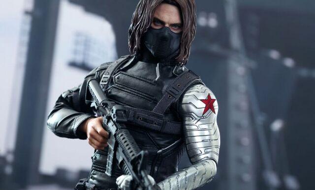 File:Winter Soldier Hot Toy 1.jpg