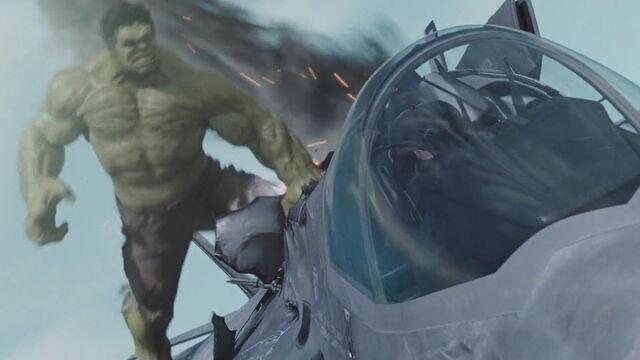 File:Hulk-Avengers-Jet.jpg