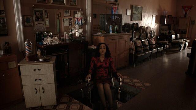 File:Chair lowering.jpg