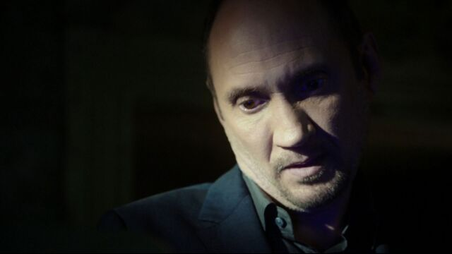 File:Edison-Po-tortures-Coulson.jpg