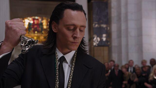 File:Loki-germany-eye-claw-avengers.jpg