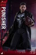 Punisher Hot Toys 11