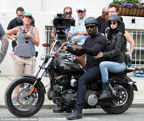 File:Jessica Jones set photo 1.jpg