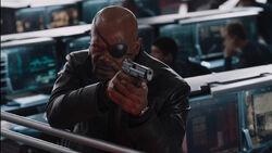 Nick-Fury-Helicarrier-Gunfight-Avengers
