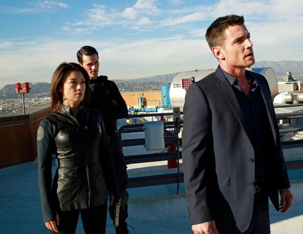 File:Agents-of-shield-s1ep11-the-magical-place-still-image-02.jpg