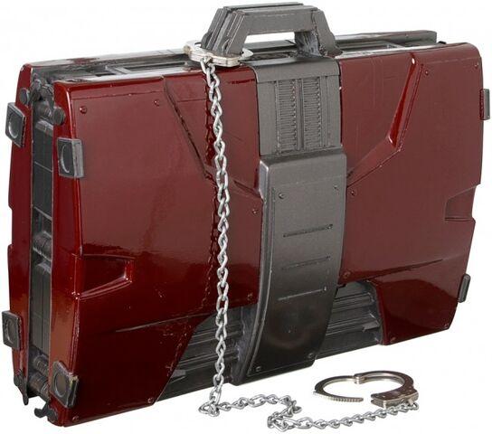 File:Suitcase-Armor-Prop-2.jpg