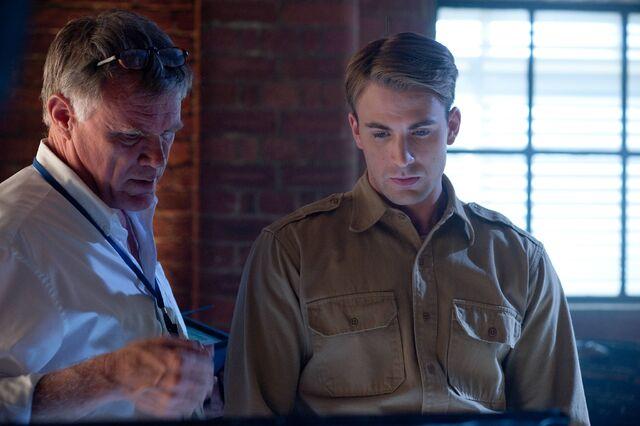 File:Captain America behind the scenes 8.jpg