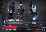 Hot-Toys-Avengers-Age-of-Ultron-1-6-War-Machine-Collectible-Bust PR1-600x420