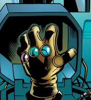 Infinity Gauntlet (Item) from Ultimate Comics Ultimates Vol 1 20 001