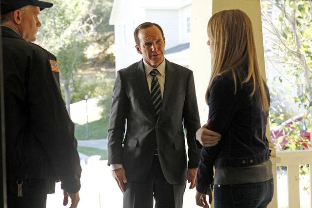File:Agents of SHIELD Repairs 04.jpg