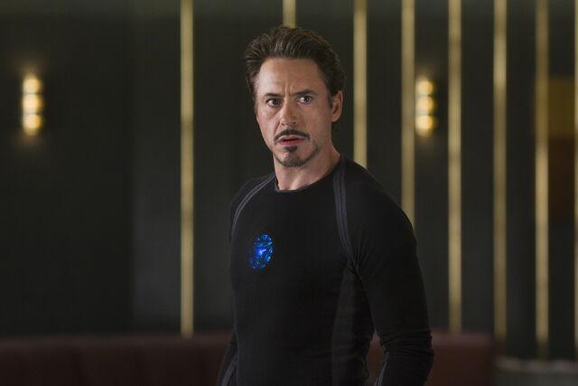 File:Tony Stark Avengers 03.jpg