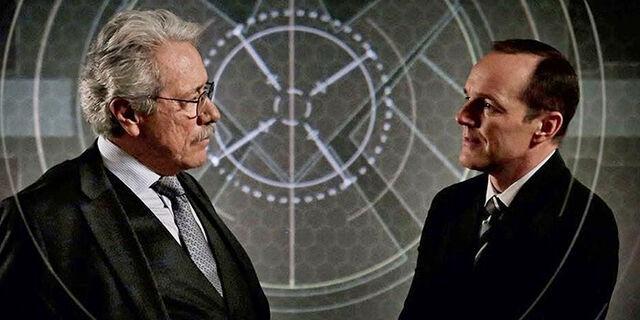 File:Agents-of-SHIELD-Season-2-Episode-15-Coulson-Robert G.jpg