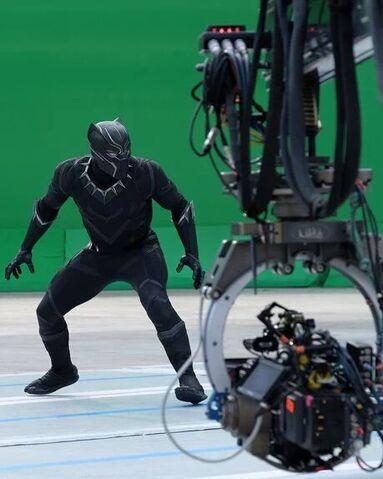 File:Captain America Civil War Filming BTS 5.jpg