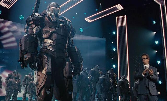 File:War Machine at the Stark Expo 2.jpg
