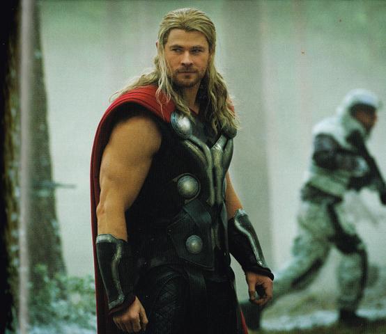 File:Avengers Thor-AOU 88.png