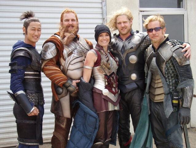 File:THOR stunt crew- Kylie Furneaux (Sif), Matthew LeFevour (Thor), Alex Chansky (Fandrall), Rob Mars (Volstagg) and Ilram Choi (Hogun).jpg