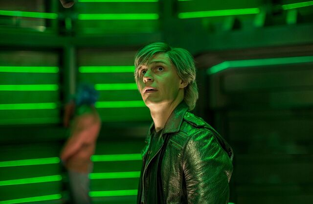 File:Evan-Peters-in-X-Men-Apocalypse.jpg