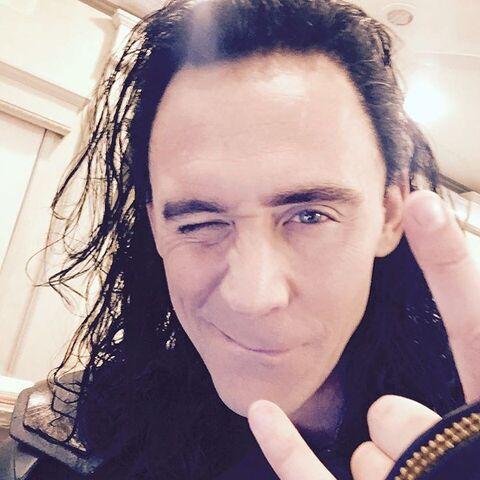 File:Thor - Ragnarok - Set - Loki - August 9 2016 - 1.jpg