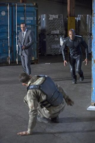 File:Agents of SHIELD The Bridge 04.jpg