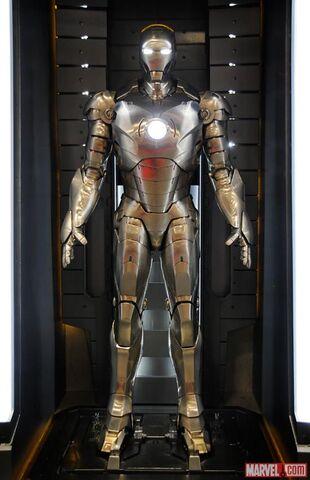 File:Iron Man Armor (Mark II).jpg