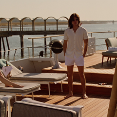 Hendry confronts Shaw on his yacht, the <i>Caspartina</i>.