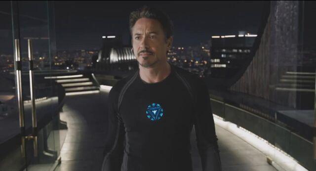 File:Tony Stark Avengers 01.jpg